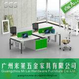 Direkter Fabrik-Zubehör-konkurrenzfähiger Preis-Büro-Schreibtisch mit seitlichem Schrank