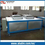 La machine en aluminium d'extrusion avec l'extrusion des casiers 1800t trois meurent le four de /Mould