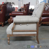 Orizeal New Design Solid Oak Frame Tufted Upholstered Fabric Chair para a sala de visitas de Antique Style (OZ-DC-006)