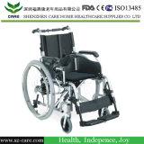 Sedia a rotelle leggera di energia elettrica