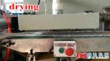 Caboteurs de papier de boissons faisant la machine