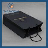 Sac de papier bon marché estampé par logo fait sur commande noir de module pour des achats