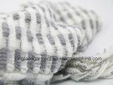 Senhora acrílica Inverno Morno Branco/casaco feito malha franjado listrado cinzento da forma