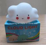 La camera da letto decora la lampada della nube della scuola materna del fronte di sorriso