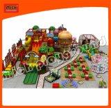 Equipamento interno do campo de jogos do tema da cidade de Mich