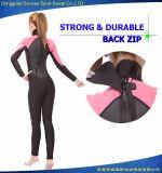 Crystal Escala mujeres triangular Glide Skin comercial del salto traje de surf