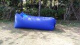 Hangout inflable portable del bolso de aire acampada de la playa de vacaciones dormir perezoso del sofá cama (M312)