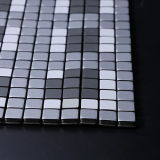 Royllentの装飾的なダイヤモンドのガラス壁のタイルが付いている自己接着皮および棒のBacksplashのタイルの三角形の銀のアルミニウム金属のモザイク