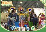 Le robot a formé de mini conduites d'intérieur de gosses de cour de jeu de roue de Ferris