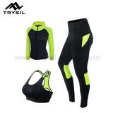 I vestiti di forma fisica degli insiemi degli abiti sportivi impostano gli indumenti correnti di ginnastica impostati per le donne