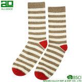Großverkauf-Streifen-glückliches Weihnachtskleid-Socken