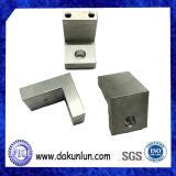 Pièces usinées par précision personnalisées non standard de commande numérique par ordinateur en métal de vente chaude