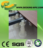 Basamento di plastica del pavimento di legno con stile moderno