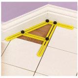 Складывая правитель складчатости угла пластичного метрического маштаба измеряя желтый многофункциональный