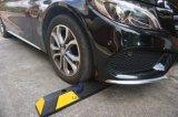 Amortecedores de borracha reflexivos pretos do estacionamento da garagem