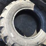 Industrieller schlauchloser Reifen 10.5/80-18 14.9-24 Muster-Reifen des Löffelbagger-Reifen-R-4