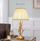 Luxe et lampe pendante en laiton initiale de préfet
