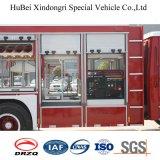 Carro de lucha contra el fuego del rescate de Isuzu con el torno