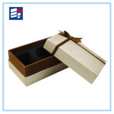 Caja de cartón de embalaje de encargo de lujo de la cinta con la flor y la joyería