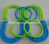 Insieme di plastica del gioco di scossa dell'anello e del ferro di cavallo
