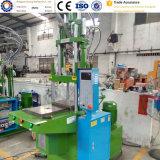 Máquina moldando plástica pequena vertical da modelação por injeção do Ce da fábrica