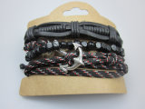 El hombre de cuero cuerda pulsera elástica con la joyería de los granos de madera de accesorios de moda