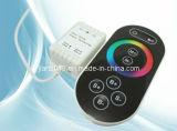 Batida & controlador novo do RGB do toque do diodo emissor de luz do foco da cor do RF RGB do baixo preço