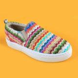 Pattini di tennis piani delle scarpe da tennis del bambino delle calzature della striscia di Rafia della ragazza