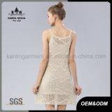 Платье свитера Карен ое крючком девушками Sun белое
