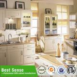 Elegante Küche, die Schrank-gesetzten Hersteller umgestaltet