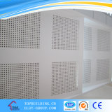 tuile perforée de plafond de gypse de trou de diamètre de 6/8mm/panneau décoratif de tuile de PVC de gypse