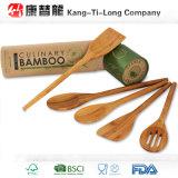 Cuillères en bois en bambou avec le sac de mousseline de coton