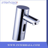 Handle無しNew Design Automatic Bathroom Toilet Faucet Intelligent Sensor ColdかHot Brass Faucet Tap
