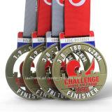 Medaglia corrente di sport di maratona su ordinazione del metallo per la sfida