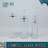 Botellas y tarros de cristal cosméticos claros de la bomba de la loción con el tapón de tuerca