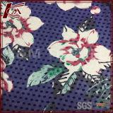 A flor imprimiu a tela Chiffon de seda pura gravada para o vestido