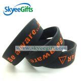 Bracelet personnalisé de silicones de modèle pour des sports avec de doubles couleurs