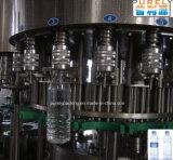 Macchina di coperchiamento dell'animale domestico della bottiglia completamente automatica del vetro da bottiglia