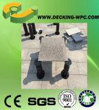 Basamento di legno insolito ambientale del pavimento
