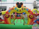 Im Freienkarikatur-aufblasbarer kombinierter Spielplatz für Kinder