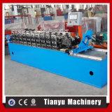 機械を形作る軽いキールの金属フレームロール