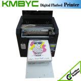 Stampatrice della maglietta di Byc con il disegno variopinto