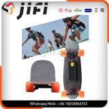 Één/Dubbele Motor Vier het Elektrische Skateboard van de Esdoorn van Wielen met Afstandsbediening