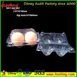 Ясные пластичные коробка и поднос упаковки еды