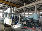 Riciclaggio del granulatore della plastica e della macchina con il costipatore