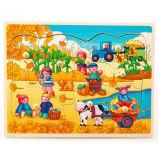 Glückliche Bauernhof-Pappe-Puzzlespiele
