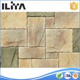 石塀か石造りの下見張りの水晶カウンタートップ
