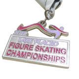 リボン(XD-03027)が付いているカスタマイズされた金属のスケートで滑るスポーツメダル