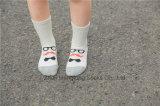 유리 디자인 어린 소녀 면은 거리 형식 작풍 소녀 면 양말을 친다