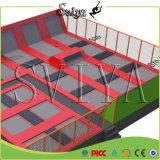Vier Tausenden Quadratmeter-große Trampoline-Park-